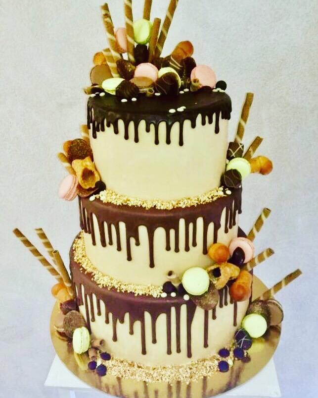 Immagini torte nuziali semplici 3.JPG