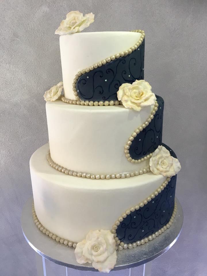 Wedding cake design Il Gufo Bianco 2.jpg