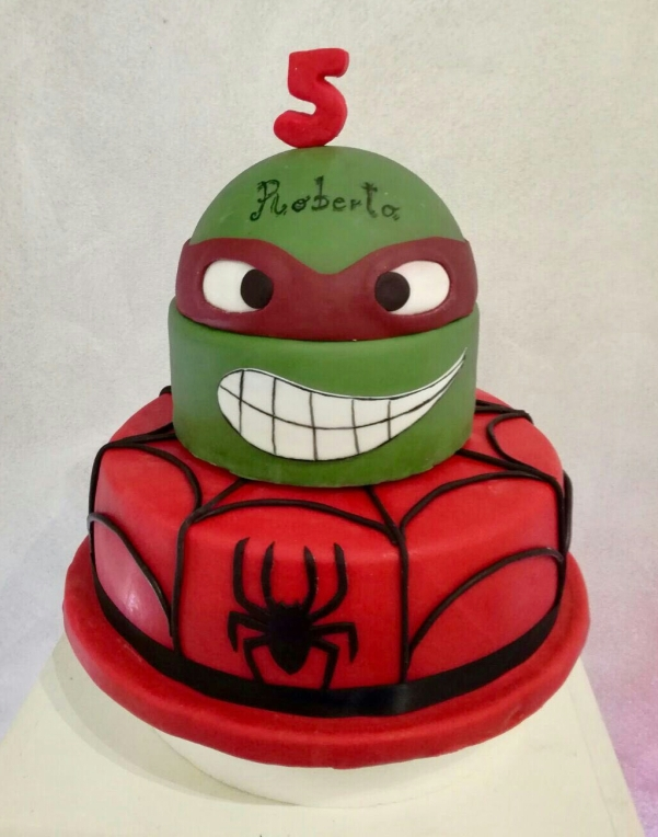 Torta Supereroi - baby and kids