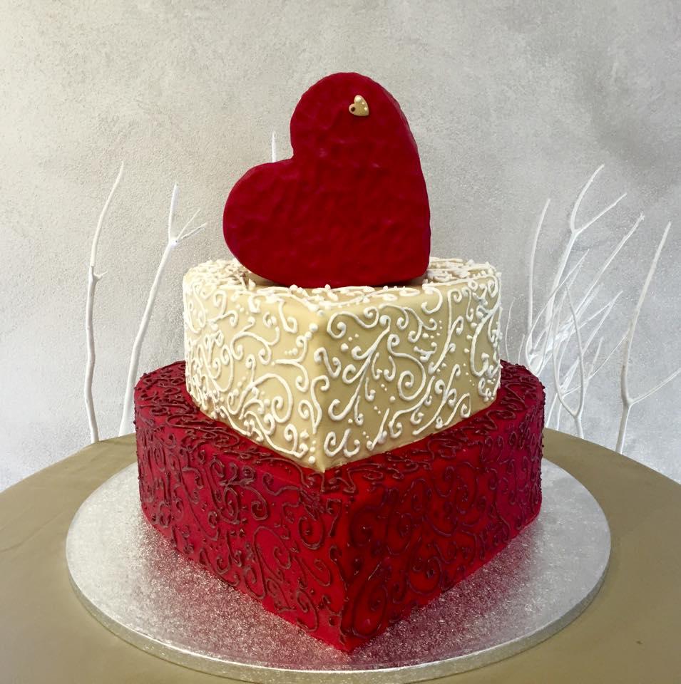 Wedding cake carmagnola torino torta nuziale torta for Piani domestici a forma di t